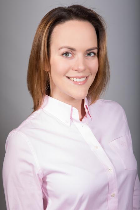 Elena  <span>Amosova</span>
